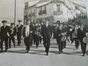 BANDA MUSICA CACERES CON MAESTRO CEBRIAN