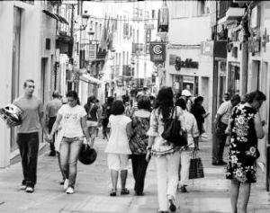 La Calle Pintores, de siempre el centro comercial por excelencia