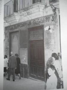 comerciosantiguos.elpreciofijo,fundadaen1927