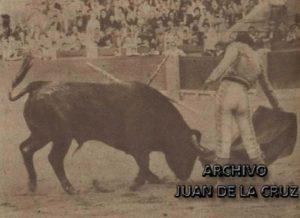 Alviz en un pase en redondo en Zaragoza el 26 junio de 1960.