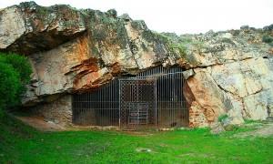 carlos callejo entrada actual a la cueva de maltravieso