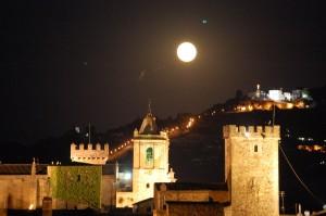 caceres y la luna