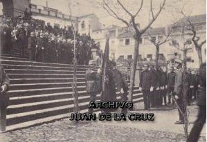 Primera jura de bandera de los soldados del Regimiento Segovia 75 en Cáceres.