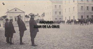 """El coronel Rodríguez Serradell preside un desfile del Regimiento """"Segovia 75"""" en el Cuartel Infanta Isabel. 1930."""