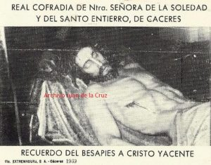 BESAPIES DEL CRISTO YACENTE (1969)