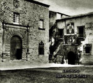 PALACIO EPISCOPAL Y PALACIO DE LOS OVANDO (1932)