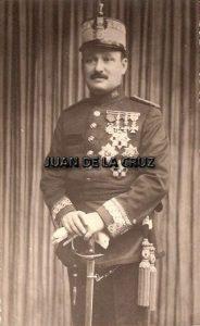 LA AZAROSA VIDA DEL GENERAL CASTELLÓ